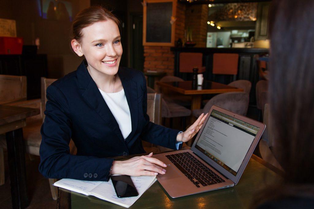 Dlaczego warto odwiedzać fora biznesowe?