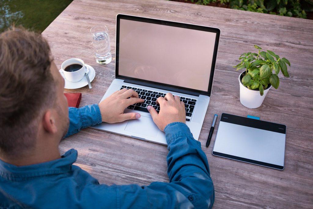 Biznes internetowy – zarabianie w Internecie