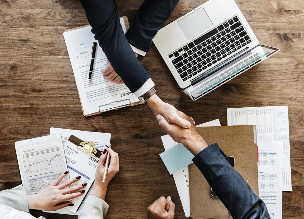 Umowa o pracę i umowa - zlecenie