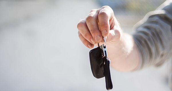 Zamiana samochodów - takie możliwości daje skup aut