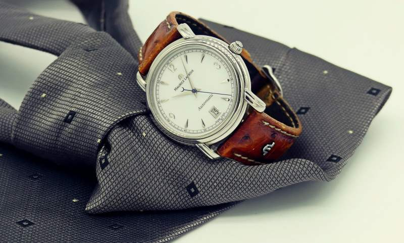 Jaki zegarek do garnituru? Czyli budowanie marki osobistej